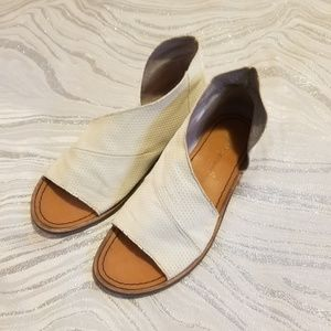 Free people mont blanc white open toed